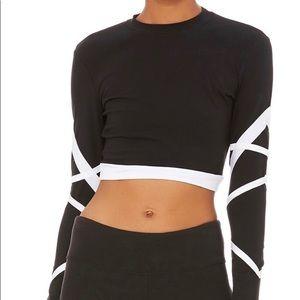 NWOT / Alo Bandage Ling Sleeve Crop Top
